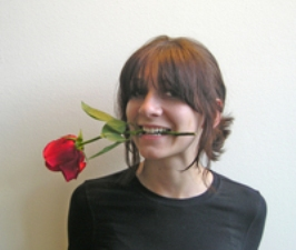 girl-with-rose-1396106